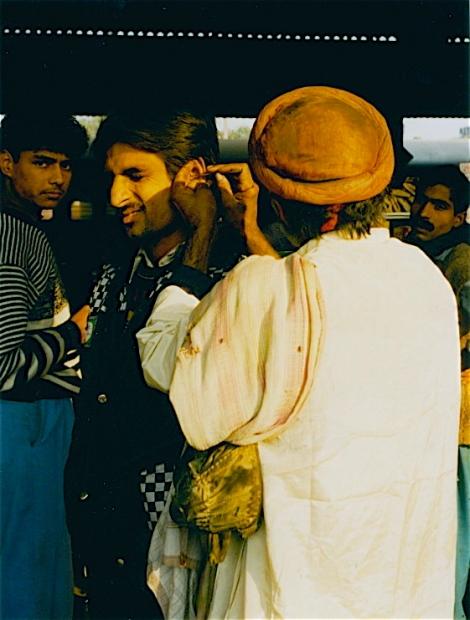 Gares.Delhi2